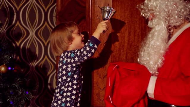 weihnachtszeit zeit - vollbart stock-videos und b-roll-filmmaterial