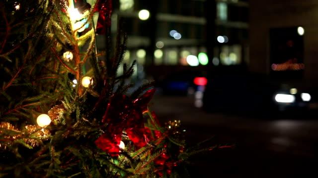 vidéos et rushes de trafic de noël - guirlande lumineuse décoration de fête