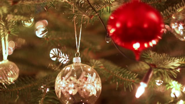 christmas tree background - christmas decoration stock videos & royalty-free footage