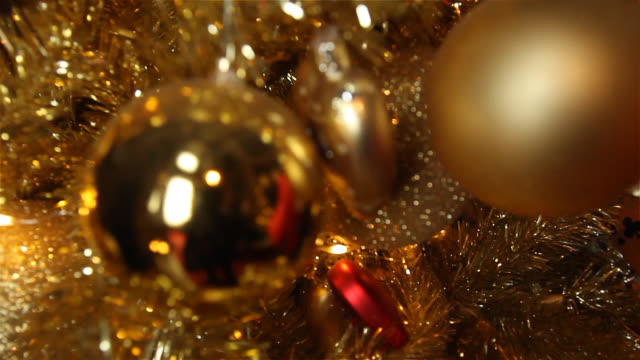christmas tree decorations background - christmas decoration stock videos & royalty-free footage