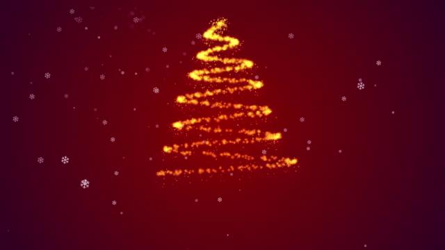 weihnachtsbaum im roten hintergrund - fee stock-videos und b-roll-filmmaterial