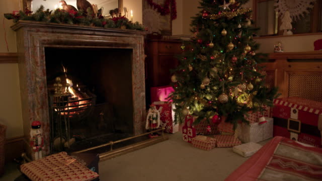 christmas tree - christmas decoration stock videos & royalty-free footage
