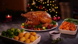 4K DOLLY: Christmas Turkey Dinner / Lunch with Christmas Tree