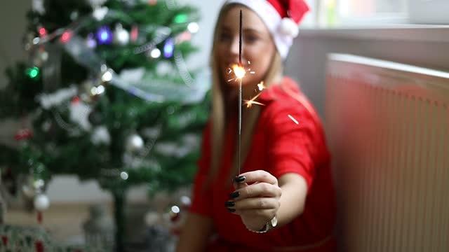 weihnachten - weihnachtsmütze stock-videos und b-roll-filmmaterial