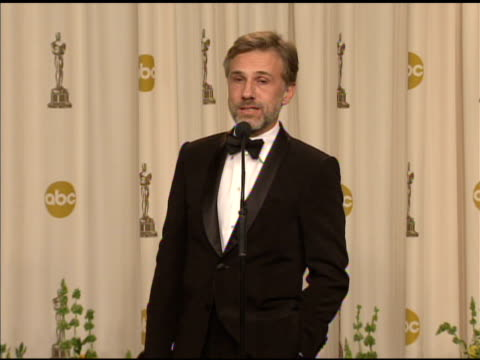 vidéos et rushes de christoph waltz on being involved with the american award system. at the 82nd annual academy awards - press room at hollywood ca. - cérémonie des oscars