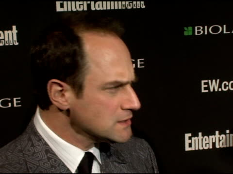 christopher meloni at the entertainment weekly's viewing party for 2006 academy awards at elaine's in new york, new york on march 5, 2006. - エンターテインメント・ウィークリー点の映像素材/bロール