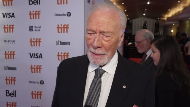 vídeos y material grabado en eventos de stock de christopher plummer on what he loved about rian's take on this genre, the most fun part of playing this character and how excited he is to watch the... - christopher plummer