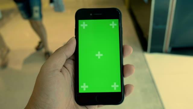 chroma key : customer hand - teenage boys stock videos & royalty-free footage