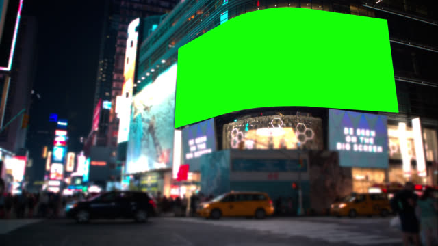 schermo verde chroma key times square new york - tabellone video stock e b–roll