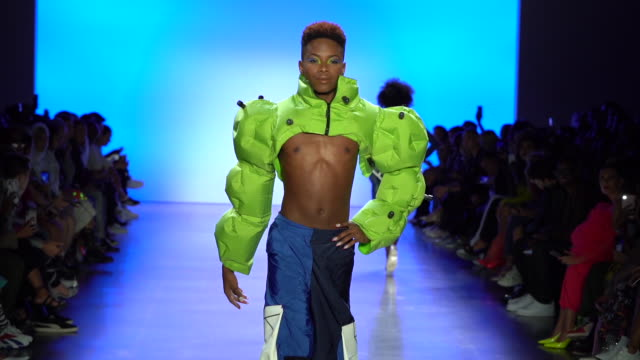 chromat runway september 2019 nyfw at gallery i at spring studios on september 07 2019 in new york city - new york fashion week stock videos & royalty-free footage