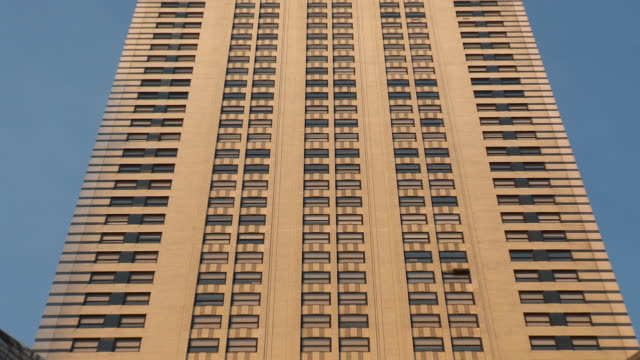CU ZO MS LA Chrysler building against blue sky / New York City, New York, USA
