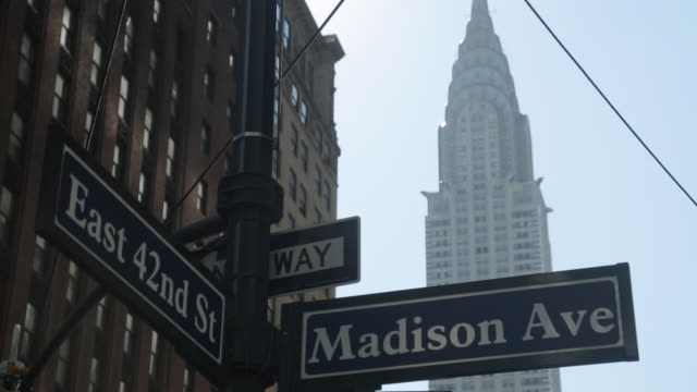 Chrysler Building, Madison Avenue & 42nd Street Signs, Manhattan, New York City, New York, USA, North America