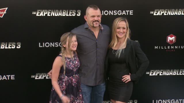 """chuck liddell at the """"the expendables 3"""" los angeles premiere at tcl chinese theatre on august 11, 2014 in hollywood, california. - tcl chinese theatre video stock e b–roll"""