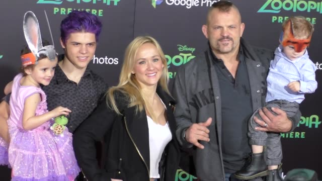 vidéos et rushes de chuck liddell at the zootopia premiere at el capitan theatre in hollywood at celebrity sightings in los angeles on february 17 2016 in los angeles... - cinéma el capitan