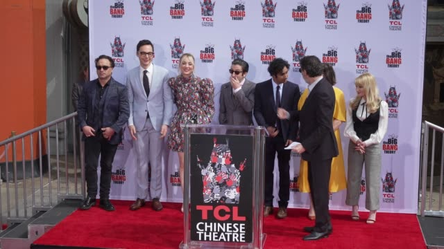"chuck lorre, johnny galecki, jim parsons, kaley cuoco, simon helberg, kunal nayyar, mayim bialik & melissa rauch at the cast of ""the big bang theory""... - cast member stock videos & royalty-free footage"