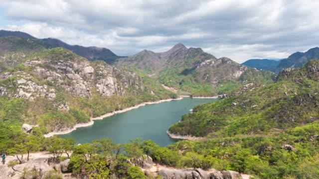 chungjuho lake (cheongpungho lake) / jecheon-si, chungcheongbuk-do, south korea - luogo d'interesse locale video stock e b–roll