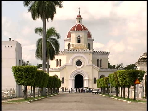 ms, church at necropolis cristobal colon, havana, cuba  - stationary process plate stock videos & royalty-free footage