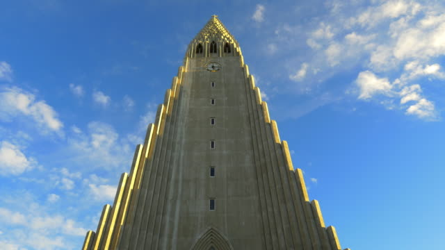 church hallgrimskirkja in reykjavik - cathedral stock videos & royalty-free footage