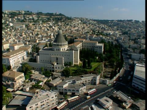 aerial ws zi zo church of annunciation in modern city of nazareth in lower galilee, israel - 聖地パレスチナ点の映像素材/bロール