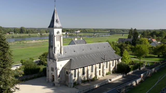 vidéos et rushes de church of chaumont-sur-loire - église