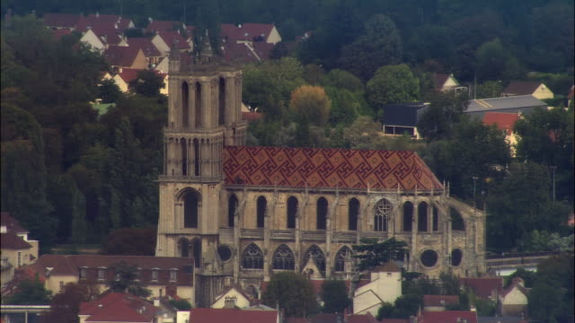 AERIAL Church of Notre Dame/ Mantes-la-Jolie, France