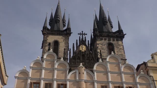 church of our lady before tyn in prague - tyn church stock videos & royalty-free footage