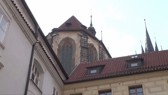 church of our lady before tyn in prague - view from behind - tyn church stock videos & royalty-free footage