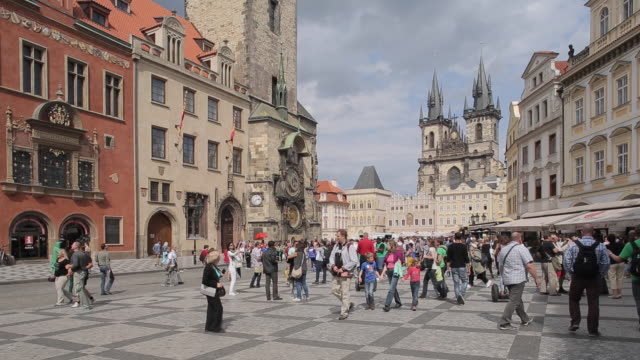 church of our lady in the old town square, prague, czech republic, europe - prague stock videos & royalty-free footage