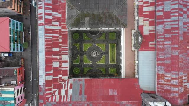 church patio in banos - agua stock-videos und b-roll-filmmaterial
