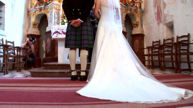 hd: church wedding - scottish culture bildbanksvideor och videomaterial från bakom kulisserna