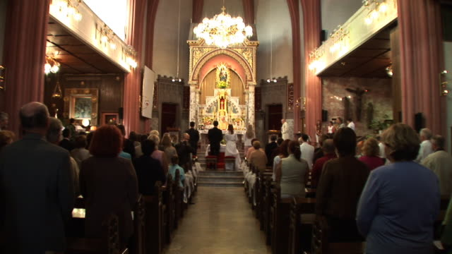 stockvideo's en b-roll-footage met hd: church wedding - katholicisme