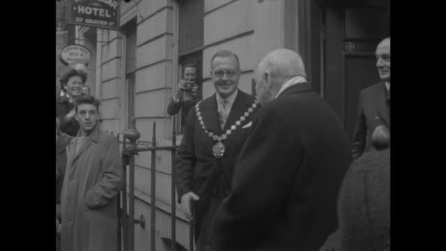 Churchill receives Franklin Award ENGLAND London Benjamin Franklin House Craven Street Mayor of Philadelphia presents plaque to Winston Churchill Sir...