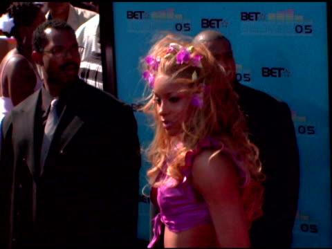 vídeos y material grabado en eventos de stock de ciara at the 2005 bet awards arrivals at the kodak theatre in hollywood, california on june 28, 2005. - black entertainment television