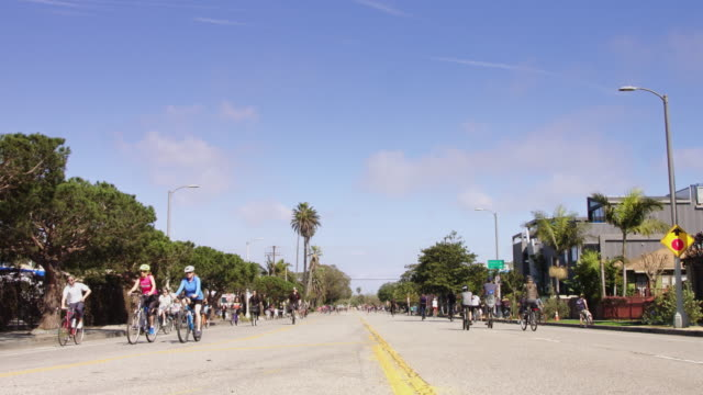 ciclavia march 2017 - cyclists in venice, ca - mar stock videos & royalty-free footage