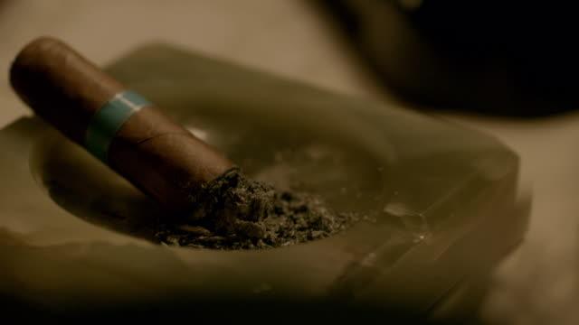 CU TU Cigar on ashtray / Edinburgh, Scotland, United Kingdom