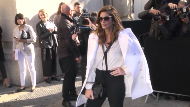 cindy crawford arrives at the chanel show as part of the paris fashion week womenswear spring/summer 2018 on october 3, 2017 in paris, france. - cindy crawford stock videos & royalty-free footage