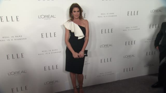 cindy crawford at the 24th annual elle women in hollywood awards on october 16, 2017 in los angeles, california. - cindy crawford stock videos & royalty-free footage