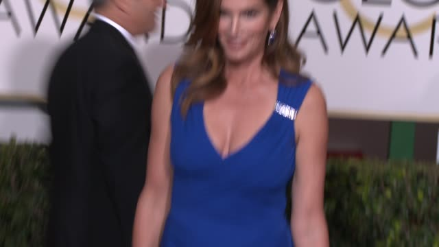 cindy crawford at the 72nd annual golden globe awards - arrivals at the beverly hilton hotel on january 11, 2015 in beverly hills, california. - cindy crawford stock videos & royalty-free footage