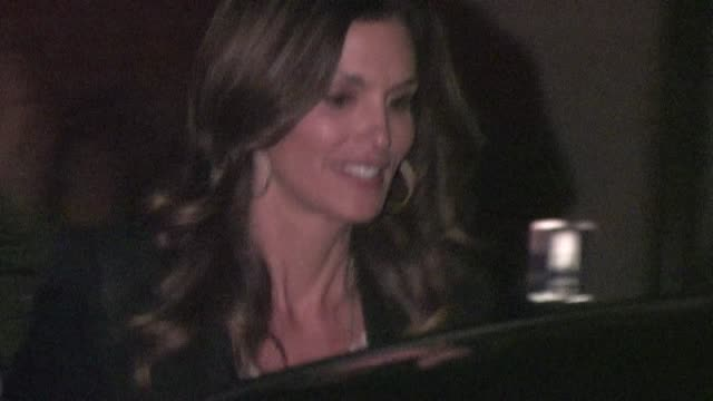 vídeos y material grabado en eventos de stock de cindy crawford rande gerber leaving bryan lourd pre oscar party in bel air ca 02/24/12 - oscar party