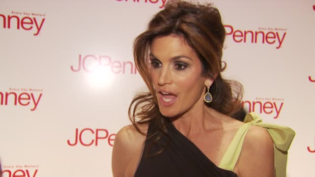 Cindy Crawford talks about what brought her out tonight for the JcPenney event and her partnership with them at the JCPenney Discover Spring Style...