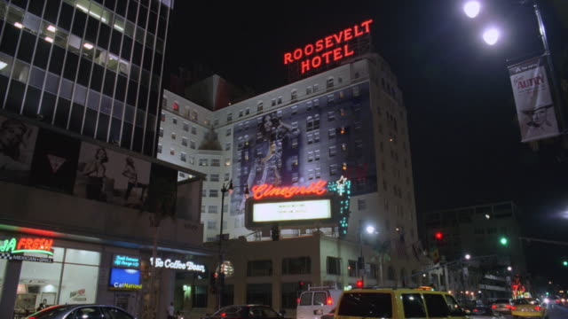 TU Cinegrill Cabaret Lounge and the Roosevelt Hotel off busy Hollywood Boulevard / California, United States