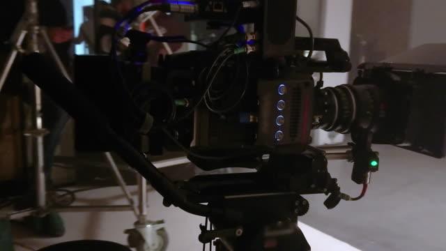 vidéos et rushes de prise de vue caméra de cinéma - caméraman