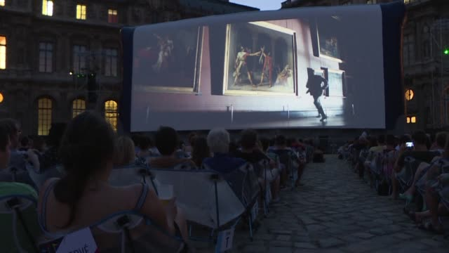 stockvideo's en b-roll-footage met cinema paradiso blade runner 2049 da vinci code with some thirty films the program of la villette's free outdoor cinemas and and for the first time... - the da vinci code