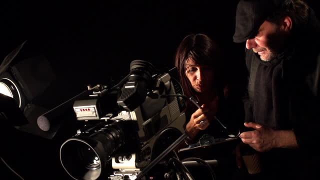 kino-plateau - künstlerischer leiter stock-videos und b-roll-filmmaterial