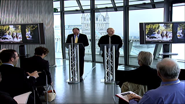 vidéos et rushes de cinema tickets in london three times dearer than in other european capitals; south bank: city hall: int anthony minghella towards podium next ken... - anthony minghella