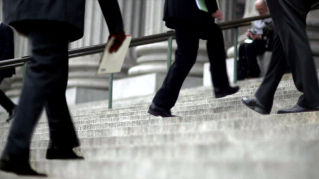 hd - cinemagraph nyc court house stairs with white collar on the go - courthouse stock videos & royalty-free footage
