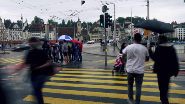 Cinemagraph voor voetgangers kruising straat in Luzern, Zwitserland