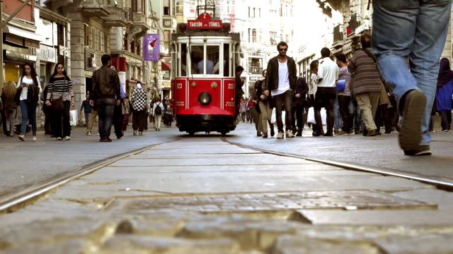 CINEMAGRAPH-Istanbul Tram and Crowd