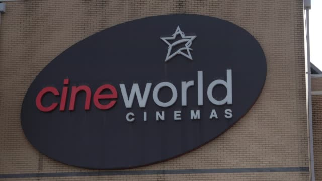 cineworld closes all uk and us cinemas on october 06, 2020 in london, england. the movie theatre chain confirmed closure of 127 cinemas in the united... - cinema stock videos & royalty-free footage