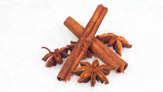 cinnamon sticks and star anise - textfreiraum stock videos & royalty-free footage